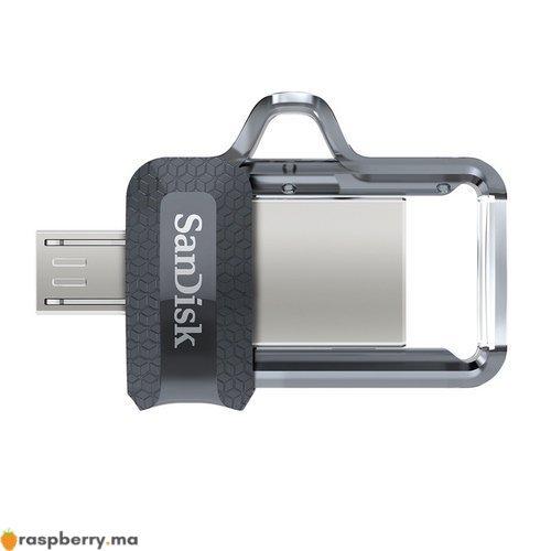 Clé USB avec deux connecteurs micro USB et USB 3.0 2